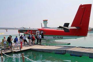 Unser Wasserflugzeuge in Malé. Foto: Oliver Heider