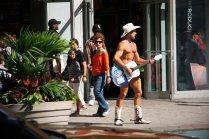 Der nackte Cowboy am Tines Square. Foto: Oliver Heider