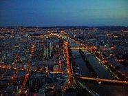 Wenn die Sonne versinkt, erwacht das bunte Paris so richtig. Foto: Oliver Heider
