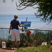 Malerin auf einem Aussichtspunkt. Foto: Oliver Heider