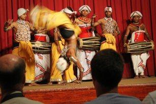 Folklore-Show in Kandy. Foto: Oliver Heider