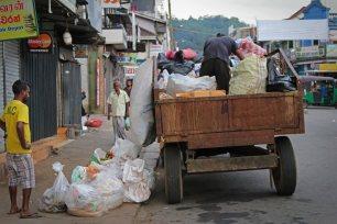 Müllabfuhr in Kandy. Foto: Oliver Heider