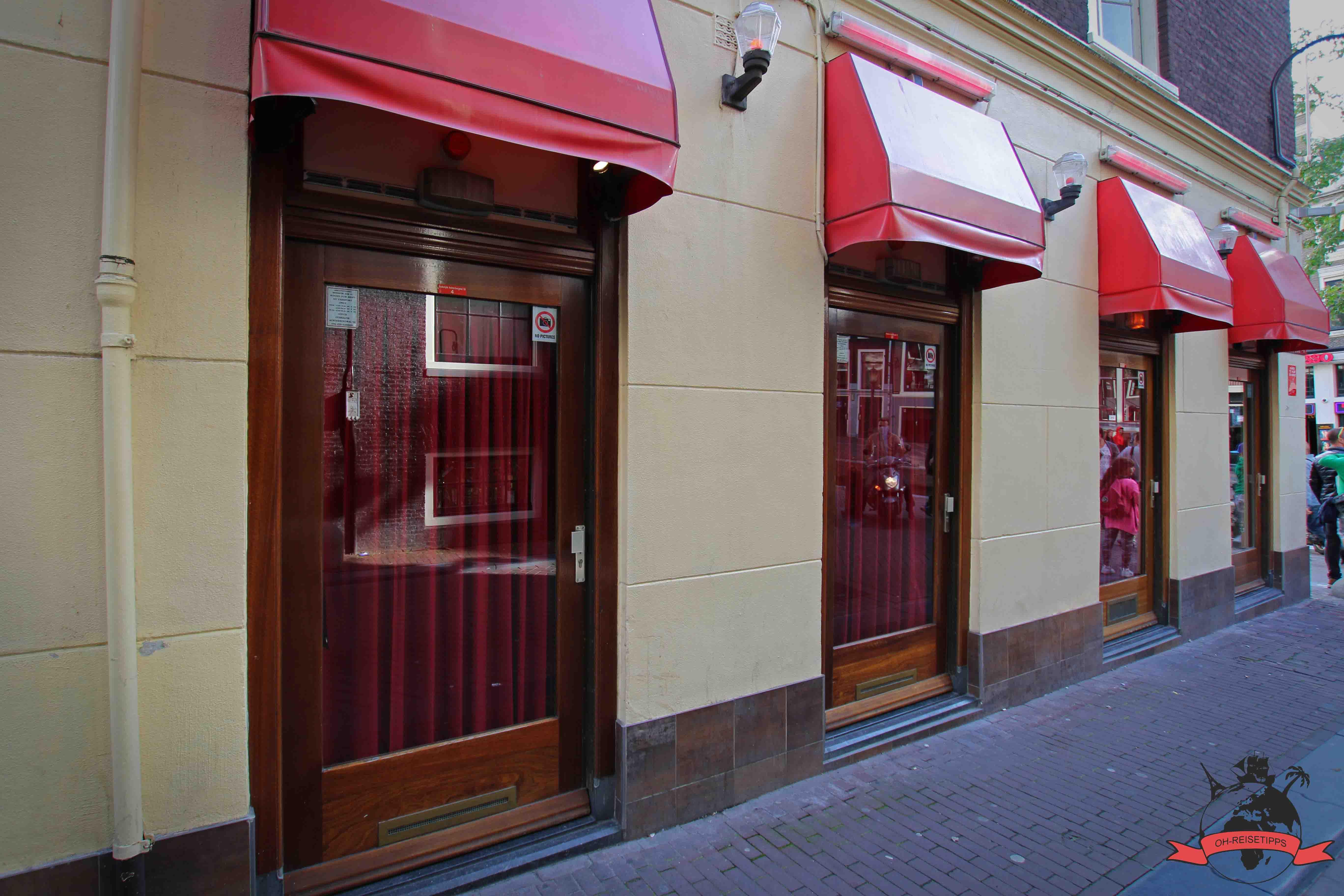 niederlande-amsterdam-rotlichtviertel-tagsueber