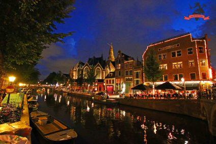 De Oude Kerk Rotlicht-Viertel Amsterdam Holland Niederlande