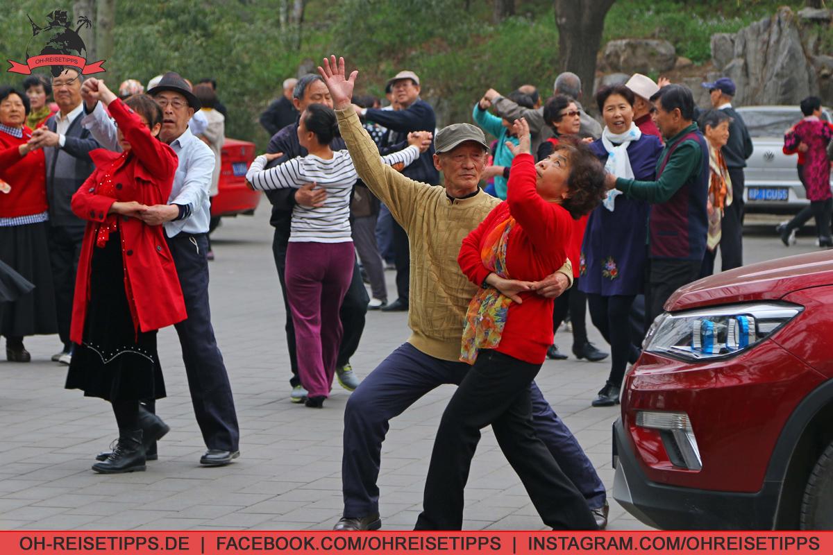 023_Peking_05